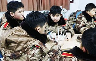 「上海户外」2021虹狼西点少年先锋军官成长冬令营(10天)|逆境成长 · 保持向上