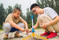 参加航空夏令营,让孩子成为小小飞行家!