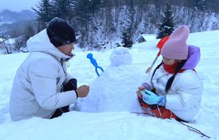 「黑龙江亲子」2021寒假豪华版东北滑雪温泉雪乡深度亲子游,跟鱼捕头一起去冬捕(8天)