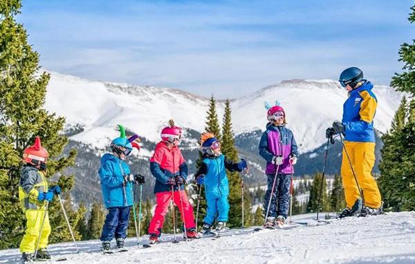 「黑龙江户外」2022哈尔滨亚布力滑雪冬令营(6天)低龄营员家长可陪同