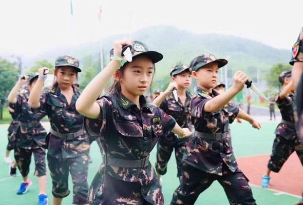 2021文武双全未来领袖军事夏令营(14天)