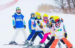 「吉林户外」2020-2021S-skiing松花湖滑雪专业冬令营(8天)