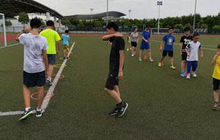「上海体育」2020拼搏体育足球夏令营(21天)