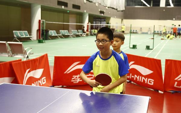 參加乒乓球夏令營的好處以及注意事項!