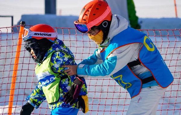 「吉林亲子」2021松花湖滑雪冬令营(6天)