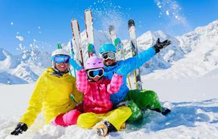 「吉林户外」2021不出国门的超赞亲子滑雪营,就藏在松花湖!(6天)